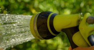 Bewässerungssystem im eigenen Garten installieren und anschließen